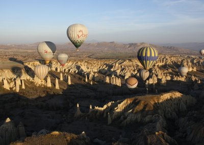 hot-air-balloon-aircraft-vehicle-turkey-cappadocia-hot-air-ballooning-398426-pxherecom